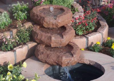 Bachlauf oval klein Schalen 40cm x 38cm x 11cm mit Becken D= 60cm und Abdeckplatten Gesamt D= ca. 1,00m