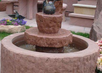 Brunnen altdeutsch mit Bronzefigur Froschkönig Dietmar D= ca. 80cm x 30cm H