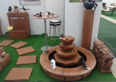 Kriemhildenbrunnen mit Becken D=1,20m mit Abdeckplatten Gesamt D= 1,70m