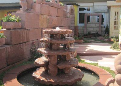 Nibelungenbrunnen mit Becken D= 2,00m und Abdeckplatten Gesamt D= ca. 2,50m
