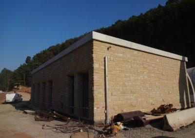 k-Küchen Regelmäßiges Schichtmauerwerk mit Unterbrecher 11, 17, 29,5 Ansicht bossiert Leistädter Sandstein Gelb (3)