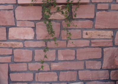 k-Mauersteinwand mit Blumentrog glatt