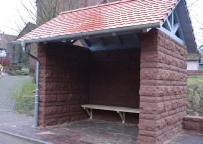 k-Vollmersdorf Regelmäßiges Schichtmauerwerk bossiert