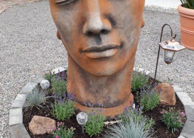 Steinguß Gesicht Mann groß